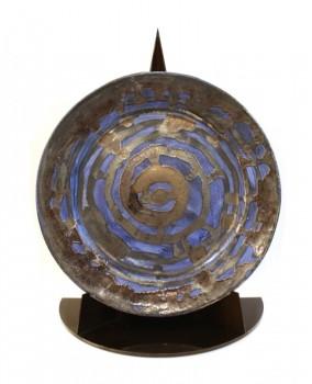 Large plat bleu