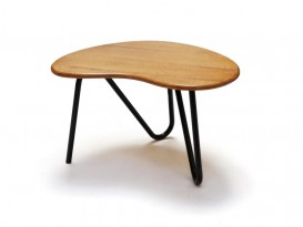 Prefacto low table