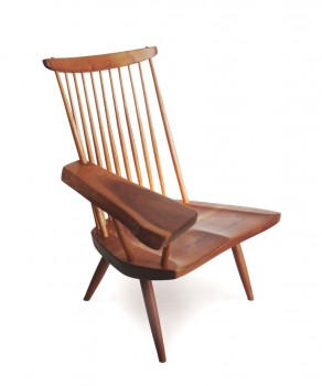 Free edge lounge chair