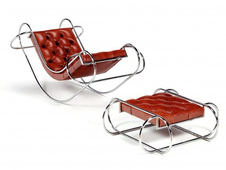 Symetric rocking-chair and ottoman