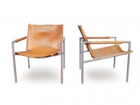 Paire de fauteuils mod. SZ02