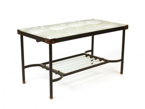 Table basse à plateau de verre