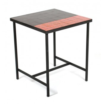 Black and red ceramic table