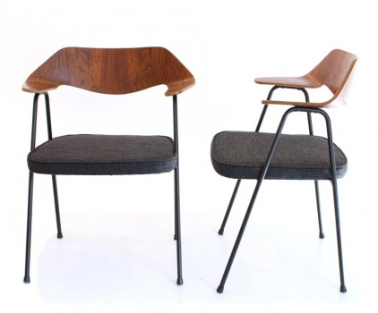 4 chairs model 675