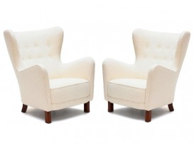 Pair of 1669 armchairs