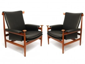 Pair of Bwana armchairs model 152