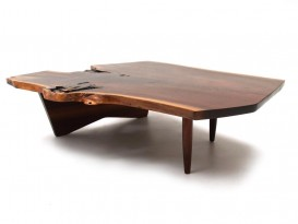 Conoïd low table