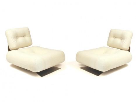 Paire de fauteuils modèle Brazilia ON1