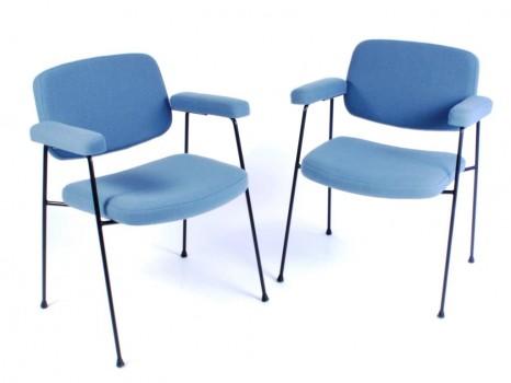 Paire de fauteuils bridges modèle CM197