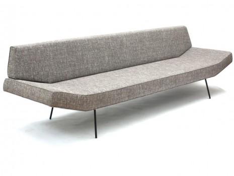 Canapé modèle 102-S