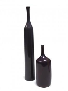 Suite de 2 bouteilles violettes en céramique