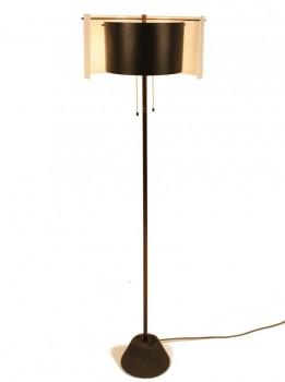 Rare lampadaire modèle 1056