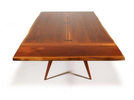 Table Turned-leg free edge