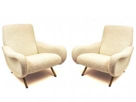 Paire de fauteuils modèle